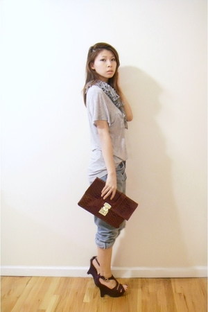Urban Outfitters scarf - t-shirt - Levis jeans - purse - Luxe shoes