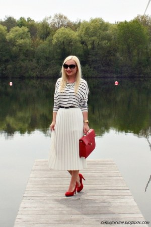 white SH skirt - red Primark bag