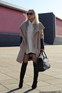 Black-boots-camel-zara-coat-cream-sweater-black-bag