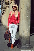 tawny shoes - light blue jeans - tawny bag - bronze sunglasses - red blouse