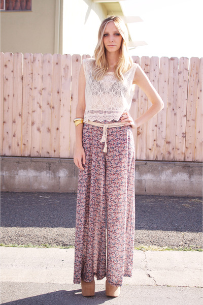 magenta floral palazzo LA Mart pants - tan suede lana Jeffrey Campbell heels