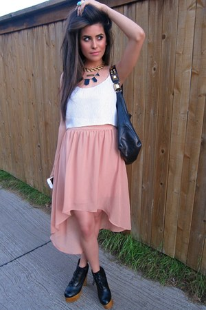 light pink fishtail skirt Forever21 skirt - black Urban Outfitters boots