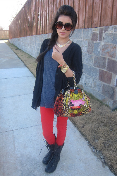 098f3a30a52b leopard handbag versace x h m bag - military style Forever21 boots