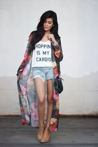 white furor moda top - camel H&M boots - denim torn Levis shorts