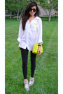 Black-h-m-leggings-white-button-down-bella-dahl-shirt