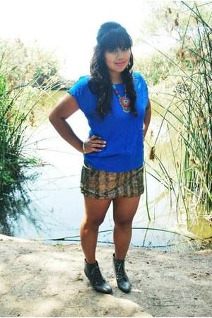 Forever21 boots - Forever 21 blouse - H&M skirt