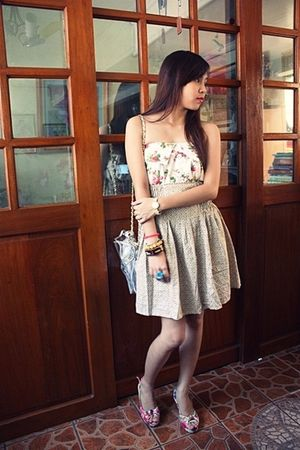 pink floral Parisian Jr shoes - floarl Jellybean skirt - used as top Landmark sk