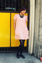 pink bench dress - black DIY ripped stockings - black nicolethedressedupdolls ne