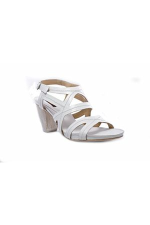white Zinda shoes