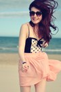 Burnt-orange-ray-ban-sunglasses-black-polka-dot-river-island-top