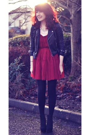 black suede Primark boots - maroon tulle Chicwish dress