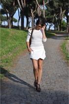 Zara skirt - Louis Vuitton bag - rayban glasses