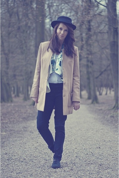 H&M coat - H&M hat - H&M leggings
