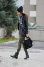 Black-leather-oasapcom-boots