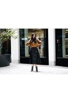 mustard NA-KD sweater - black studded Dorothy Perkins boots