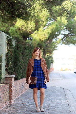 suiteblanco dress - Stradivarius jacket - Adolfo Dominguez bag