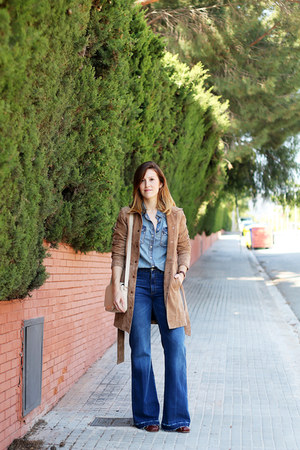 blue Zara jeans - brown Zara jacket - blue Mango shirt - white Zara bag