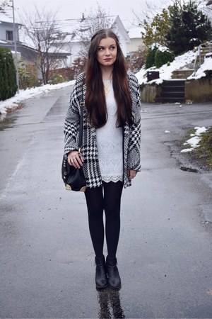 black H&M boots - white H&M dress - black Mango coat - black Aldo bag