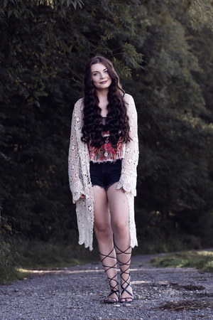 black Levis shorts - eggshell brandy melville cardigan - black Mango sandals