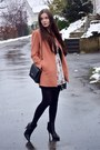 White-zara-dress-orange-zara-coat-black-mango-bag-black-h-m-heels