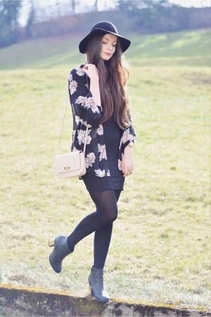 black new look boots - light pink Forever 21 bag - black H&M cardigan