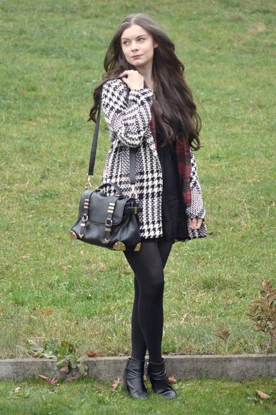 black H&M boots - black brandy melville dress - black Mango coat