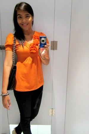 carrot orange floral top