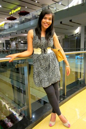 black polkadot dress - bronze bag - white belt - camel heels