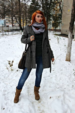 tan Guess boots - heather gray Oxygen coat - blue pull&bear jeans