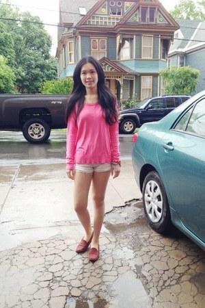 hot pink neon pink H&M hoodie