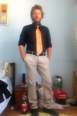 shirt - shoes - pants - tie - belt