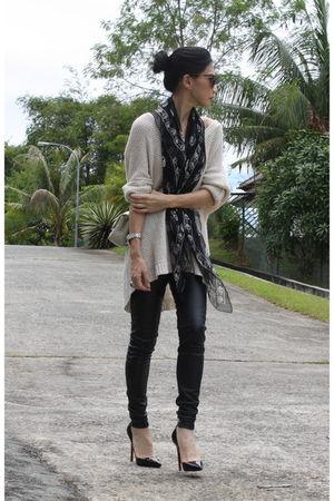 black Christian Louboutin shoes - black faux leather Topshop leggings