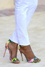 Ivory-skinny-jeans-jcrew-jeans-statement-necklace