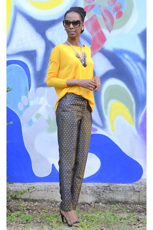 mustard H&M blouse - brown printed H&M pants - black Steve Madden heels