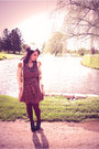Velvet-lace-up-modcloth-shoes-flower-print-modcloth-dress-maroon-we-love-col