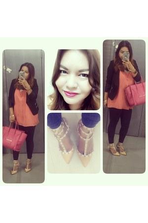 hot pink microluggage Celine bag - neutral rockstud heels heels