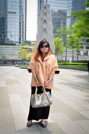 camel camel coat Zara coat - black Forever 21 dress