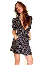 Shake-appeal-vintage-dress