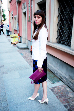 tiffi blazer - Coccinelle bag - simple heels - simple skirt