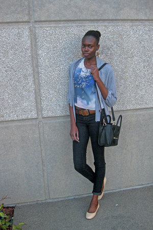 black Mimi Boutique bag - brown Old Navy belt - white floral H&M top