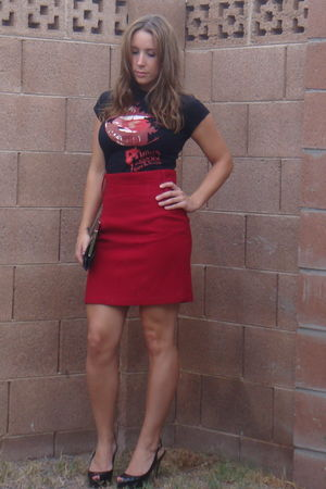 black Famous stars and straps shirt - red skirt - black Enzo Angiolini shoes - b