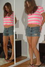 Pink-roxy-shirt-blue-express-shorts-brown-bcbg-shoes