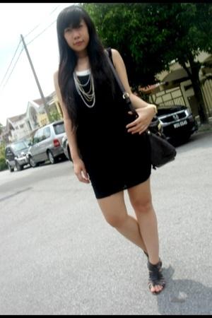 Miss Selfridge dress - Forever21 accessories - casio accessories - Superrolling