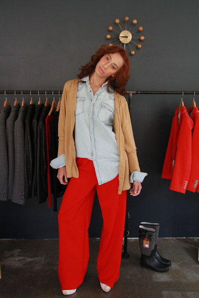 dark khaki Shavonne DeAnn cardigan - red Shavonne DeAnn pants