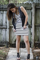 navy denim vest Forever XXI vest - black stretch H&M dress