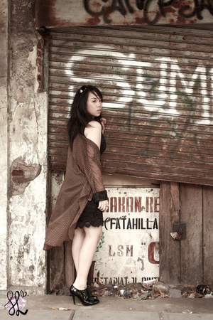 black Raoul shoes - black SL dress - black ring - brown SL cardigan
