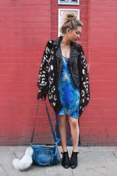 blue dip hem vintage dress - black asos boots - black leather Topshop jacket