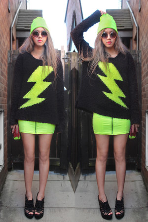 black neon lightning Primark sweater - chartreuse neon zip H&amp;M dress