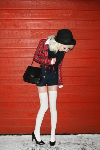 red tartan Zoul blazer - black 10 cm heels Din Sko shoes - black H&M hat