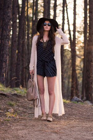 navy others follow romper - tan Koolaburra boots - forest green Forever 21 hat